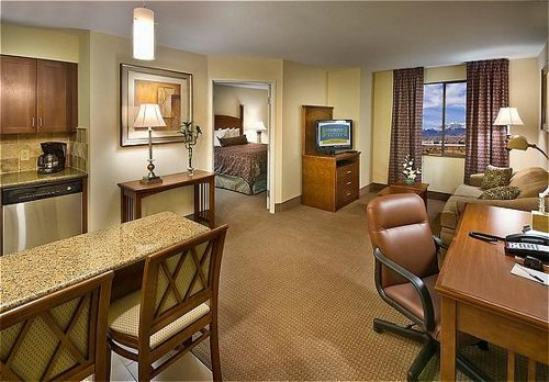 STAYBRIDGE-SUITES-RENO-NV-ONE-BED-STE2